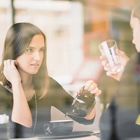 7-Ways-to-Have-a-Pleasant-Conversation-With-a-Negative-Person