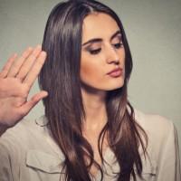 4 علامتی که نشان میدهند یک کارمند در حال از دست دادن علاقه است.
